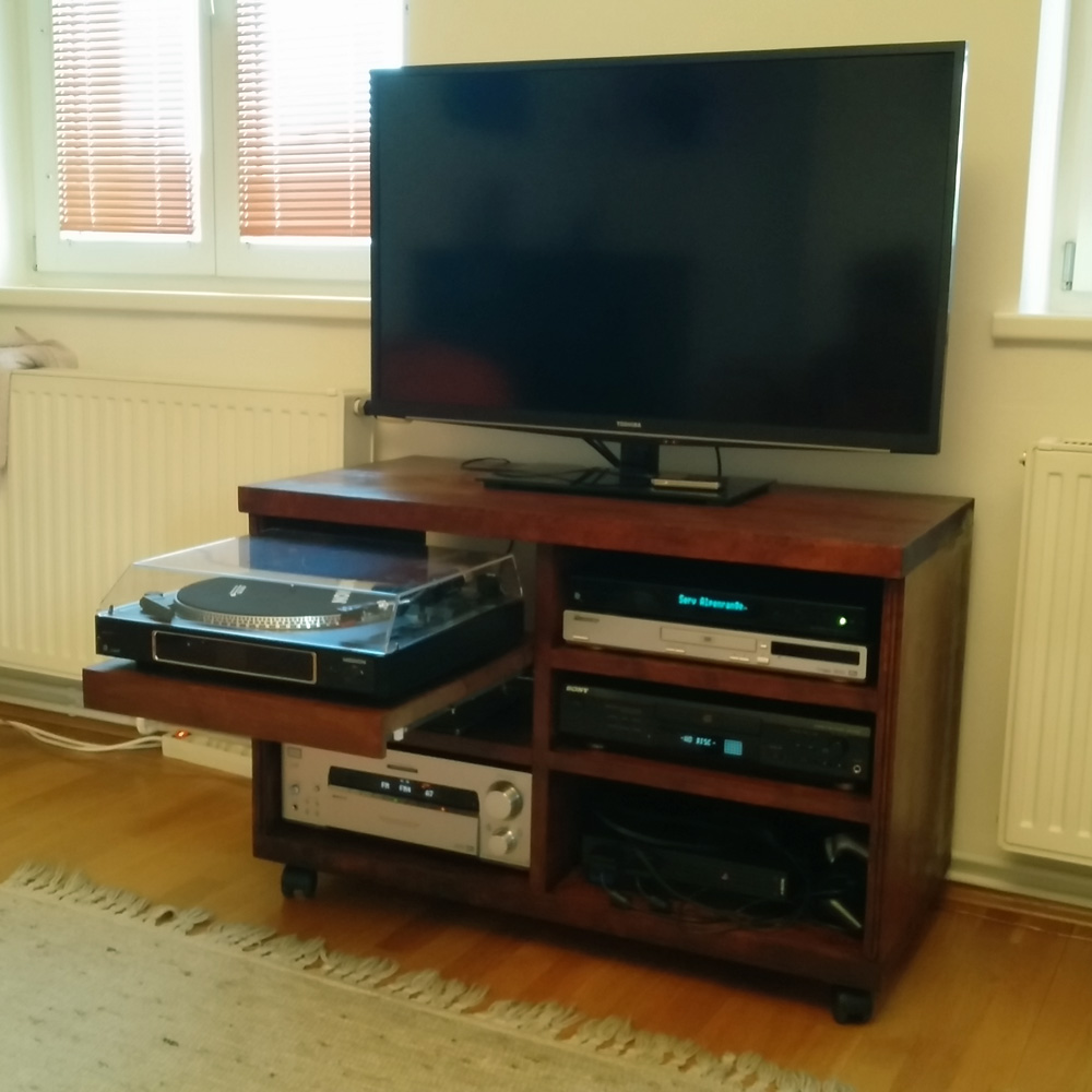 Audio/Video-Möbel